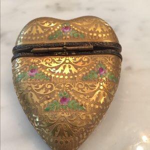 Limoges Accents - Limoges Gold heart trinket box